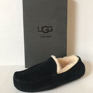 UGG men's Ascot Driving Slippers Black Suede 11
